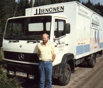 Pyykkiauto ja yrittäjä 80-luvun lopulta